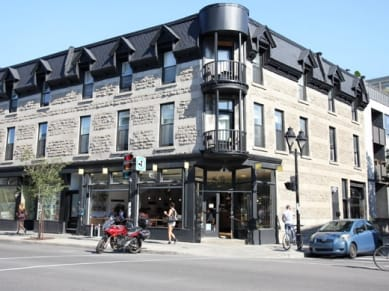 batiment rue ontario montreal