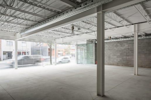 Construction commercial à Montréal