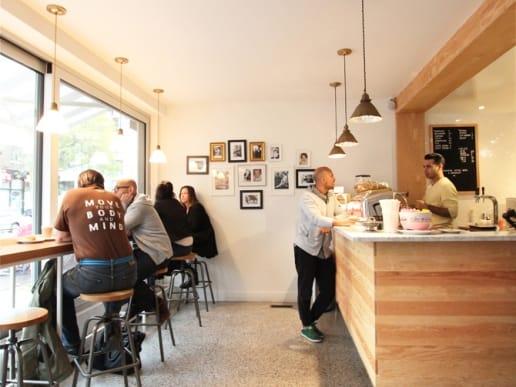 rénovation café montréal