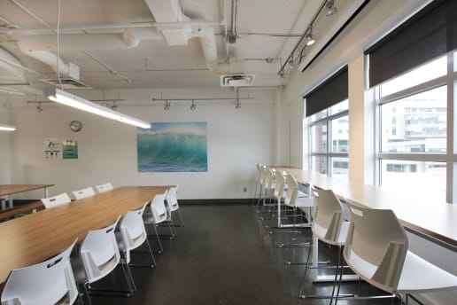 Cafétéria d'un bureau à Montréal
