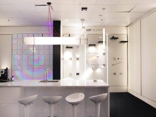 Showroom moderne à Montréal