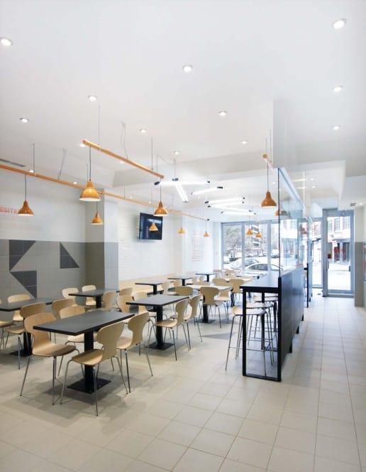 Construction d'un restaurant à Montréal