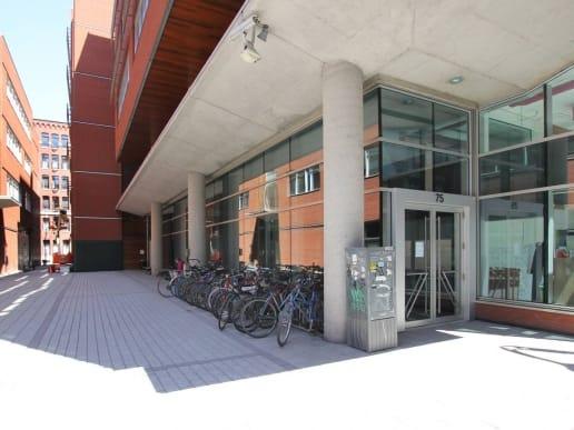 Immeuble 75 rue Queen dans le VIeux-Montréal