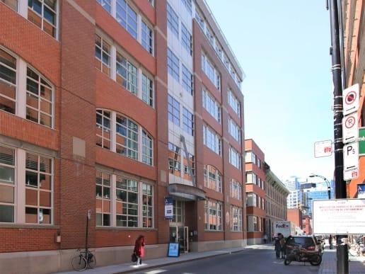 Bureaux au 80 Queen à Montréal